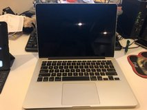 Excellent Condition (Like New) - MacBook Pro 13 inch, i5 2.9 GHz, 8 GB RAM, 500 GB Storage in Okinawa, Japan