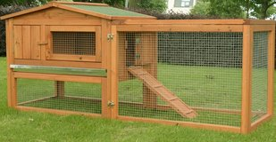 Chicken Coop/Rabbit Hutch Brand New In Box in Baytown, Texas