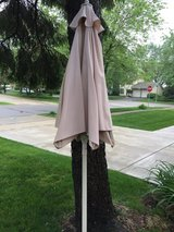 Patio umbrella in Bolingbrook, Illinois