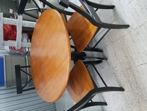 Table with 4 chairs in Naperville, Illinois