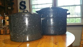 Canning pots in Sandwich, Illinois