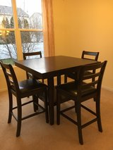 Counter height table & chairs in Joliet, Illinois