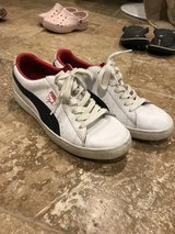 """Men's Puma Leather """"Clydes"""" size 10.5 in Kingwood, Texas"""