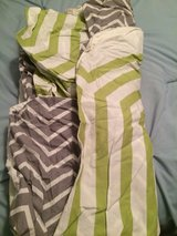 Queen duvet with pillow shams, reversible in Camp Lejeune, North Carolina