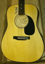 CLINT BLACK SIGNED GUITAR in Elgin, Illinois