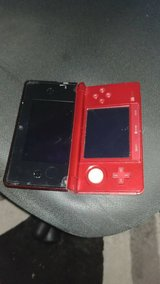 Nintendo 3ds with 9 games in Lakenheath, UK