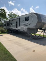 2013 OPEN RANGE 430 RLS Residential 43' in Baytown, Texas