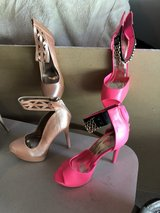 women's shoes in Naperville, Illinois