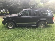 1995 Ford Explorer sport in Perry, Georgia
