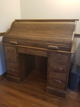 Solid Oak Roll Top Desk in Aurora, Illinois