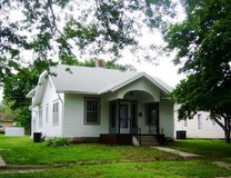 NICE 3 BEDROOM HOME ~ 25 MINUTES SOUTH OF JC/Fort Riley AREA in Fort Riley, Kansas