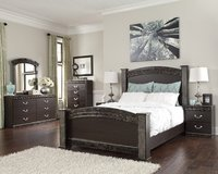 ASHLEY VACHEL 5 PC BEDROOM SET in Honolulu, Hawaii