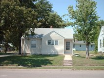 $475 NICE 2 BEDROOM HOME 25 MINUTES SOUTH OF FORT RILEY / JC  AREA in Fort Riley, Kansas