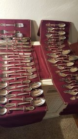 52 piece silver-plated silverware set in Wright-Patterson AFB, Ohio