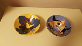 2 cat bowls in Wright-Patterson AFB, Ohio