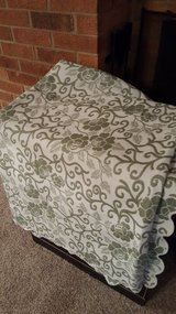 Green/White print throw, queen size in Wright-Patterson AFB, Ohio