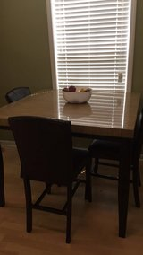 Kitchen table in Lake Worth, Texas