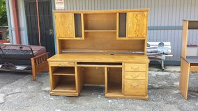 Aspen Furniture desk in Pasadena, Texas