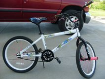 "20"" Kent Taboo Girls' BMX Bike in Fort Campbell, Kentucky"