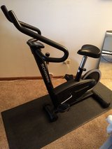 Schwinn 105P Stationary Exercise Bike in Lockport, Illinois