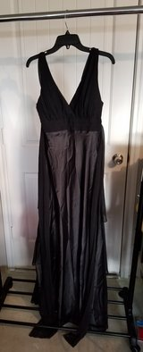 Black Evening Gown in Fort Hood, Texas