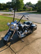 Custom Harley road king in Eglin AFB, Florida