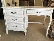 Girl's White Desk in Naperville, Illinois