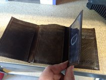 Leather trifold wallet unused in Fort Belvoir, Virginia