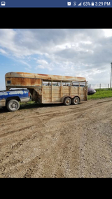 16ft gooseneck horse trailer in Ottumwa, Iowa