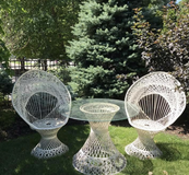 Outdoor Woodard Russell Spun Fiberglass Patio set in Lockport, Illinois