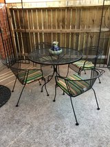 Heavy metal Patio Furniture lounger umbrella and stand in Spring, Texas