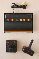 Atari Flashback 6 Classic Game Console 100 Built In Games Plug and Play in Sugar Grove, Illinois