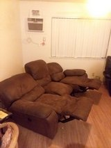 Pick up in hmr. Moving (MAY 28) need gone asap. Love negotiable. in Pearl Harbor, Hawaii