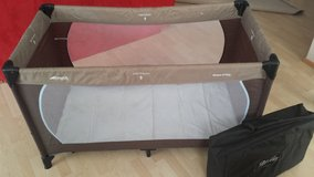 Hauck Travel Bed for Kids with Herlag Mattress Sheet in Stuttgart, GE