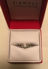 Diamour 1ct Bridal Ring Set in Fort Jackson, South Carolina