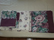 Vintage Sheet Set(s) in Glendale Heights, Illinois