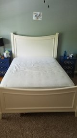 Full size bed and dresser with mirror in Kingwood, Texas