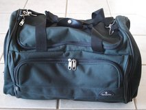 Samsonite Sports Bag.Heavy Duty Quality.Great as Sports Travel Bag.Green.Great Cond in Wiesbaden, GE