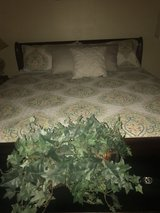 King size sleigh bed in Las Cruces, New Mexico
