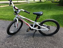 Specialized Used Hotrock 20 Inch Youth Bike in Lockport, Illinois