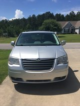 2009 Chrysler Town and Country in Camp Lejeune, North Carolina
