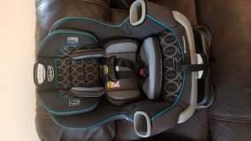 Graco extend to fit carseat in Schofield Barracks, Hawaii