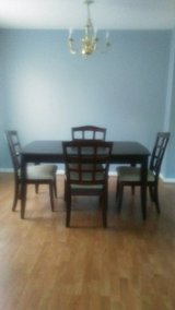 Dining Room Table&4 chairs in Sugar Grove, Illinois
