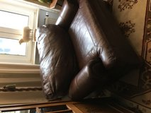 Large Leather Chair in Grafenwoehr, GE