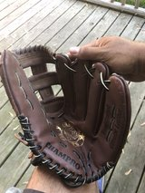 "Champion 13""  baseball glove in Bartlett, Illinois"