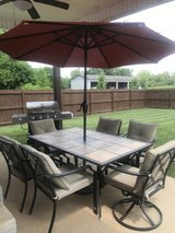 Gorgeous Patio Set in Fort Campbell, Kentucky