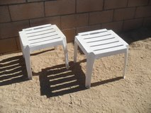 ==  2 x Plastic Stools  == in 29 Palms, California