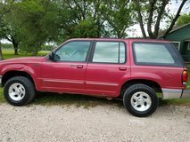 1996 FORD explorer in Liberty, Texas