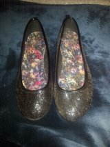 girls shoes size 4 in Wilmington, North Carolina