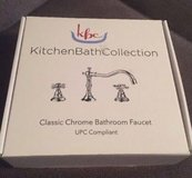 Chrome widespread faucet New in Box in Waukegan, Illinois